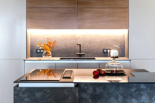 Can Cabinet Colors Make My Kitchen Look Bigger?